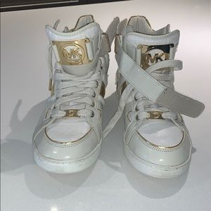 White MIchael Kors high top sneakers